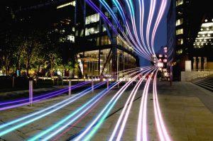 Światłowód – niezbędne wyposażenie nowoczesnego biura